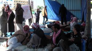 اعتصامات اهالى المعتقلين امام محافظة شمال سيناء