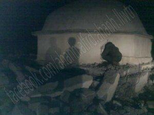 صورة مقام وضريح الشيخ زويد بعد التفجير